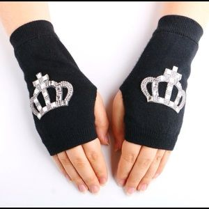 Accessories - FINGERLESS GLOVES (BLINGED OUT)